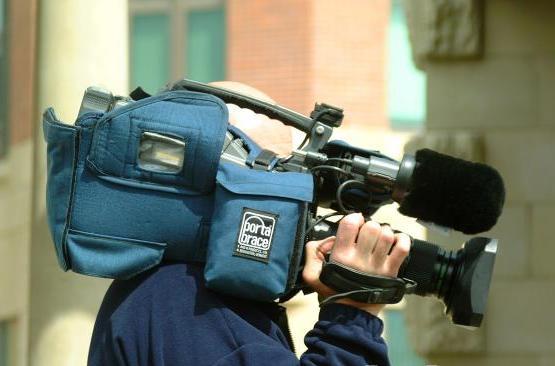 Новинарите биле  запрени во Маврово заради полициска контрола, под изговор дека немале дозвола од МНР да снимаат во Македонија