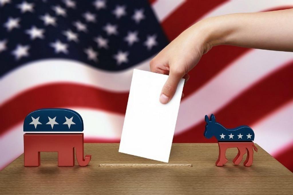 Според анкетите резултатите помеѓу републиканците и демократите се изедначени