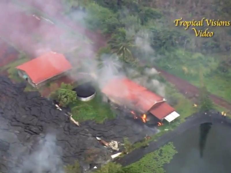 Вулканската лава стигна до првите куќи во хавајскиот град Пахоа