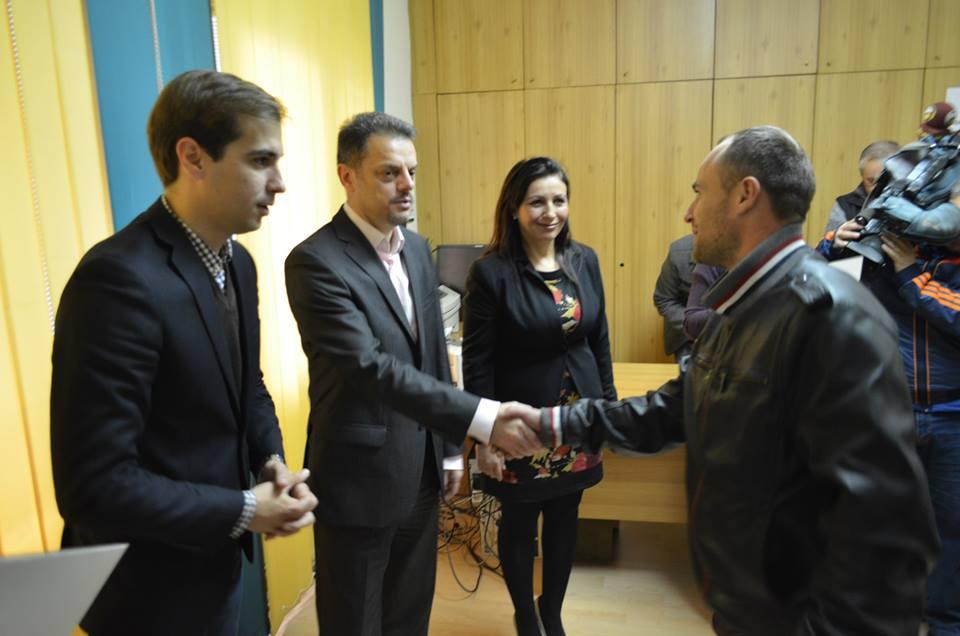 Во Велес се доделија 53 решенија за отпис на долгови