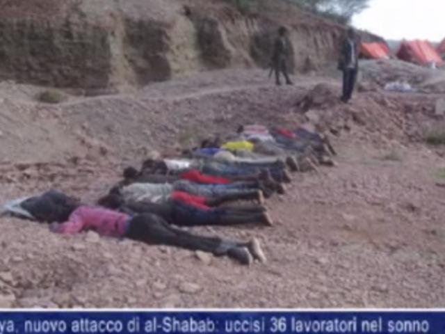 Милитантите ги нападнале работниците додека спиеле