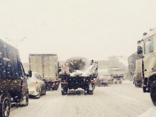 Москва снег