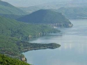 Пештани Охридско езеро Трпејца