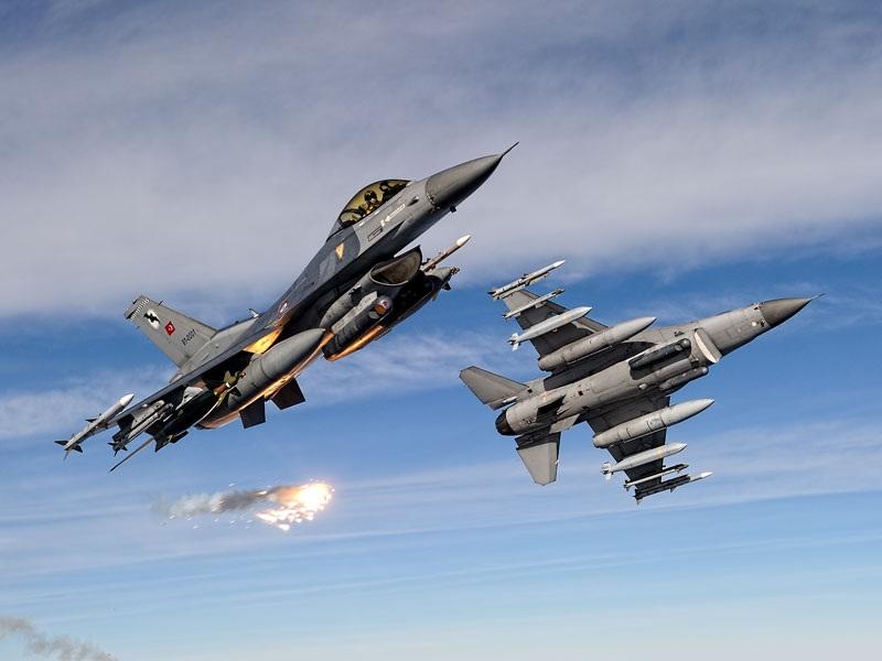 турски воени авиони Ф16