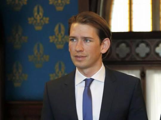 Себастијан Курц