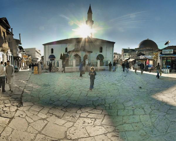 Скопје Стара чаршија сонце топло сончево