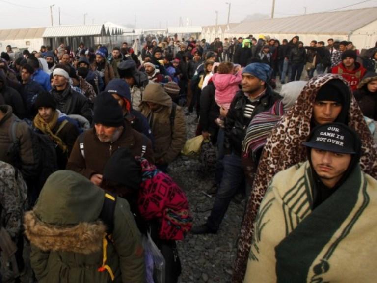 atina, begalci бегалци