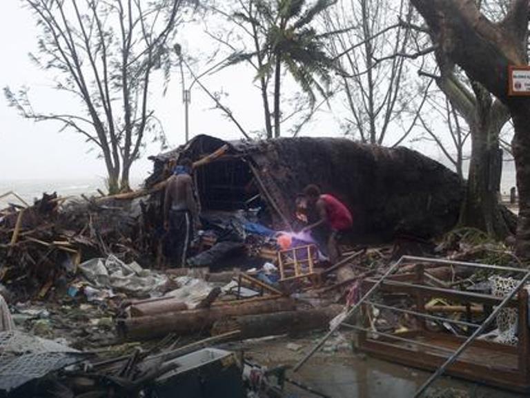 tajfun. filipini