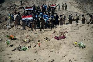 islamska drzava masovna grobnica ramadi Irak
