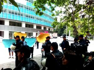 GDOM na kontraprotest pred BEKO