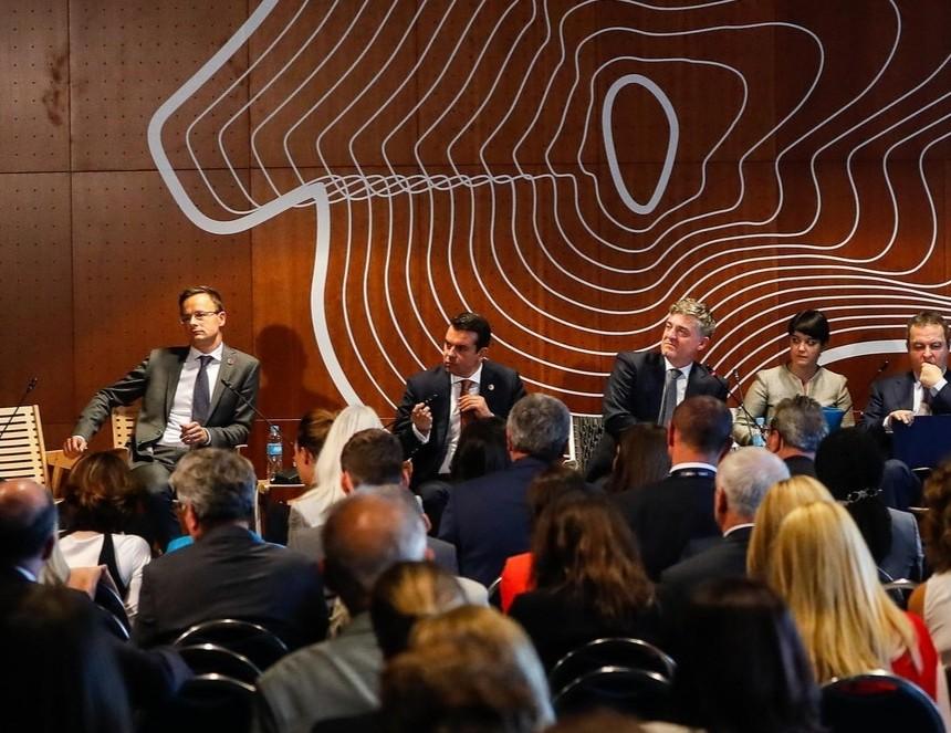 Poposki panel Bled Slovenija