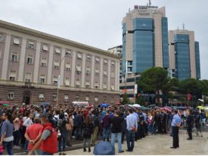 protest tirana studenti