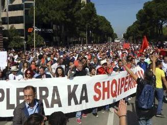 albanija protest zakon otpad