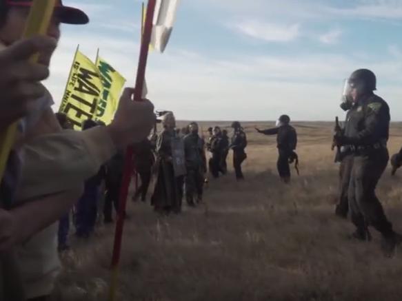 severna dakota sudiri policija demonstranti