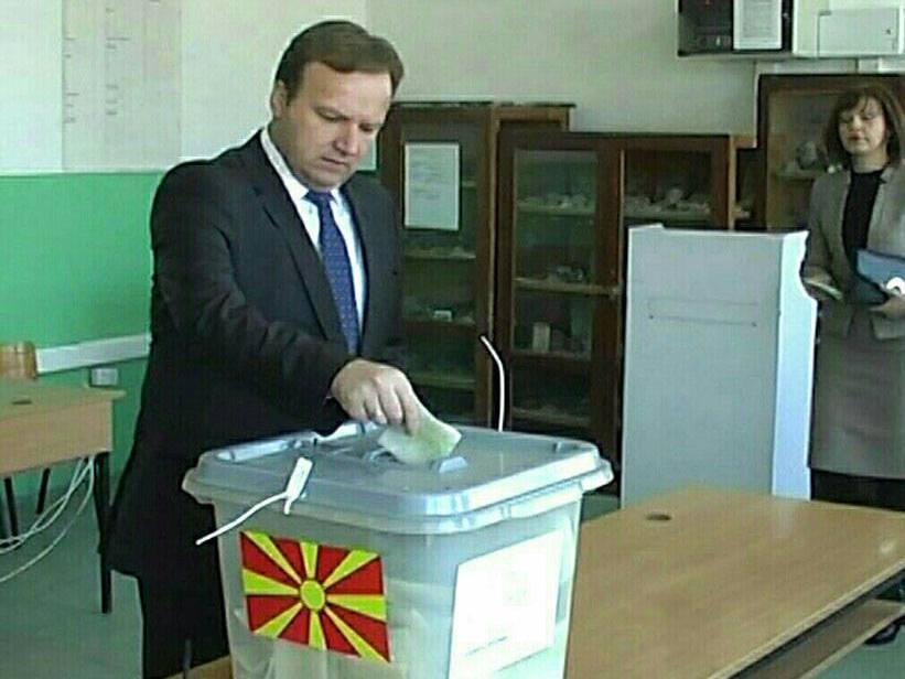 emil dimitriev glasanje