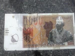 banknoti albanski
