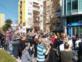 Protest pred EU infocentar