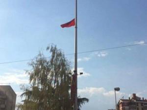 Куманово албанско знаме на јарбол - Максим Димитриевски