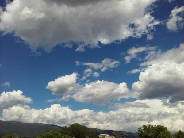 Oblaci 14maj17 - Meta