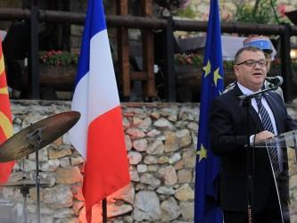 Kristijan Timonie priem nacionalen den na Francija