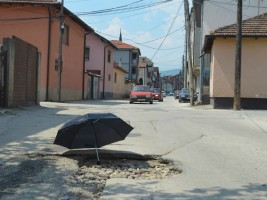 Tetovo gerila akcija BESA chadori ulica 20jul17 - Besa