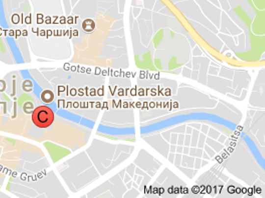 Google has renamed macedonia square into vardarska square meta the world internet giant google in its application maps renamed the big macedonia square into vardarska square in skopje gumiabroncs Images