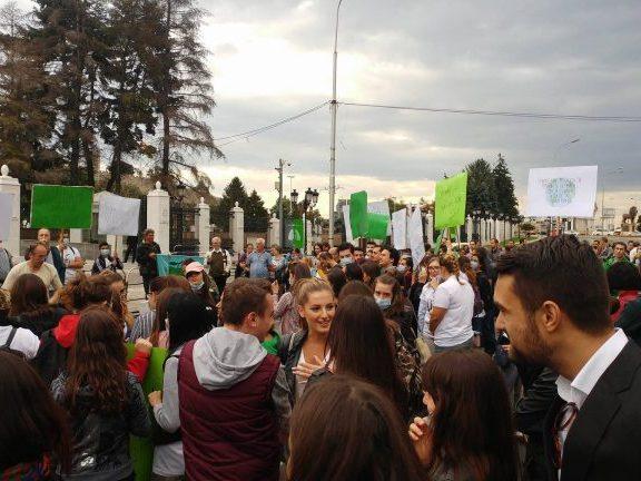 protest za cist vozduh 2