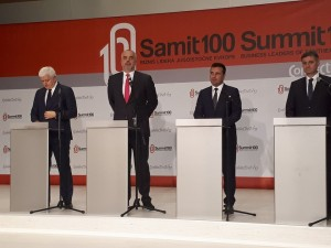 Premieri pres Samit 100