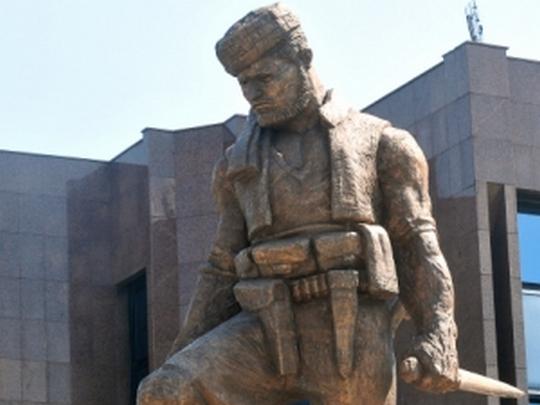 Spomenik Koseto 3