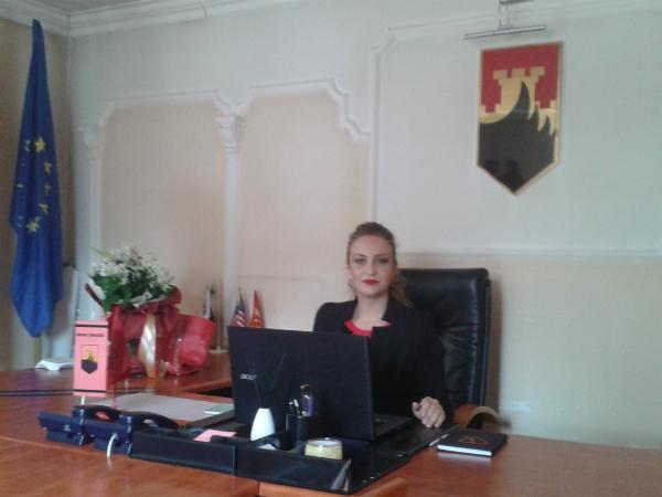 Milikije Halimi gradonachalnik opshtina Arachinovo - opshtinski sajt