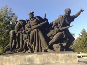 Osloboditelite na Skopje, spomenik