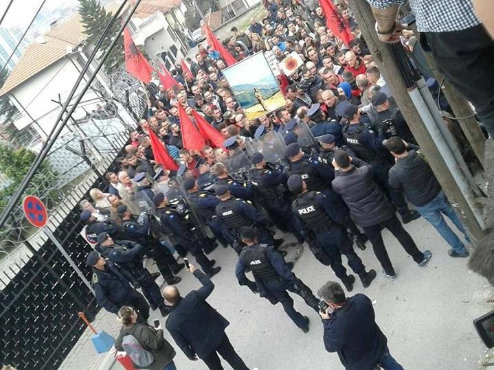 kosovo protesti