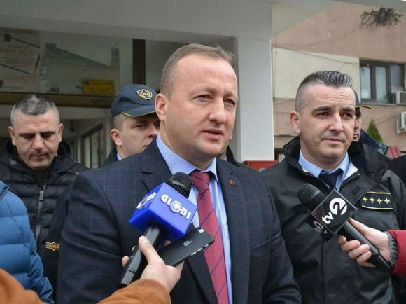 Agim Nuhiu vo policiska stanica Gostivar 1jan18 - MVR