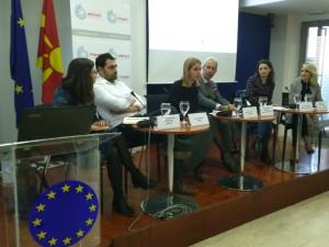 Digitalni alatki za demokratija Institut Impakt vo EU Info Centar 25jan18 - Zoran Richliev