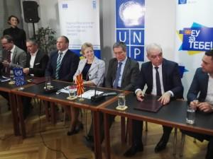 Dogovor so pet opshtini za grantovi 8fev18 - UNDP