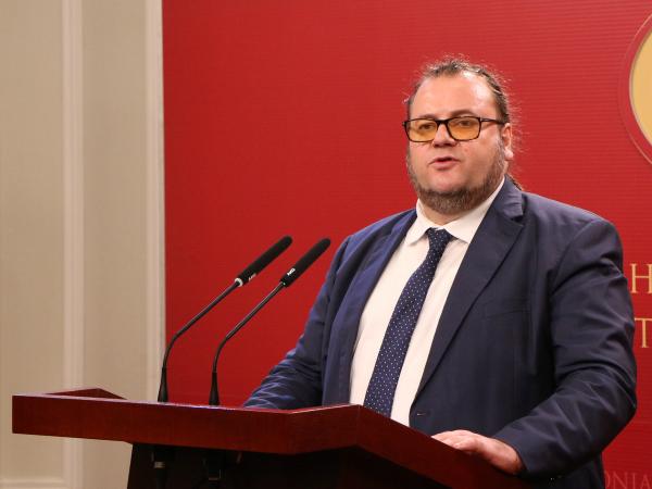Robert Alagjozovski 20fev18 - Vlada