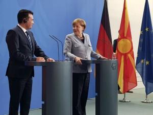 Zoran Zaev i Angela Merkel pres  1 germanska vlada 21fev18 - VladaRM