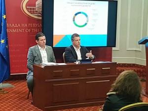 Damjan Manchevski i Jahi Jahija drzaven sekretar vo MIOA brifing 30mar18 - Vlada