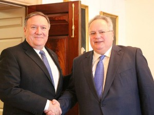 Nikos Kodzias so Majk Pompeo Vashington 21maj18 - GreekMFA
