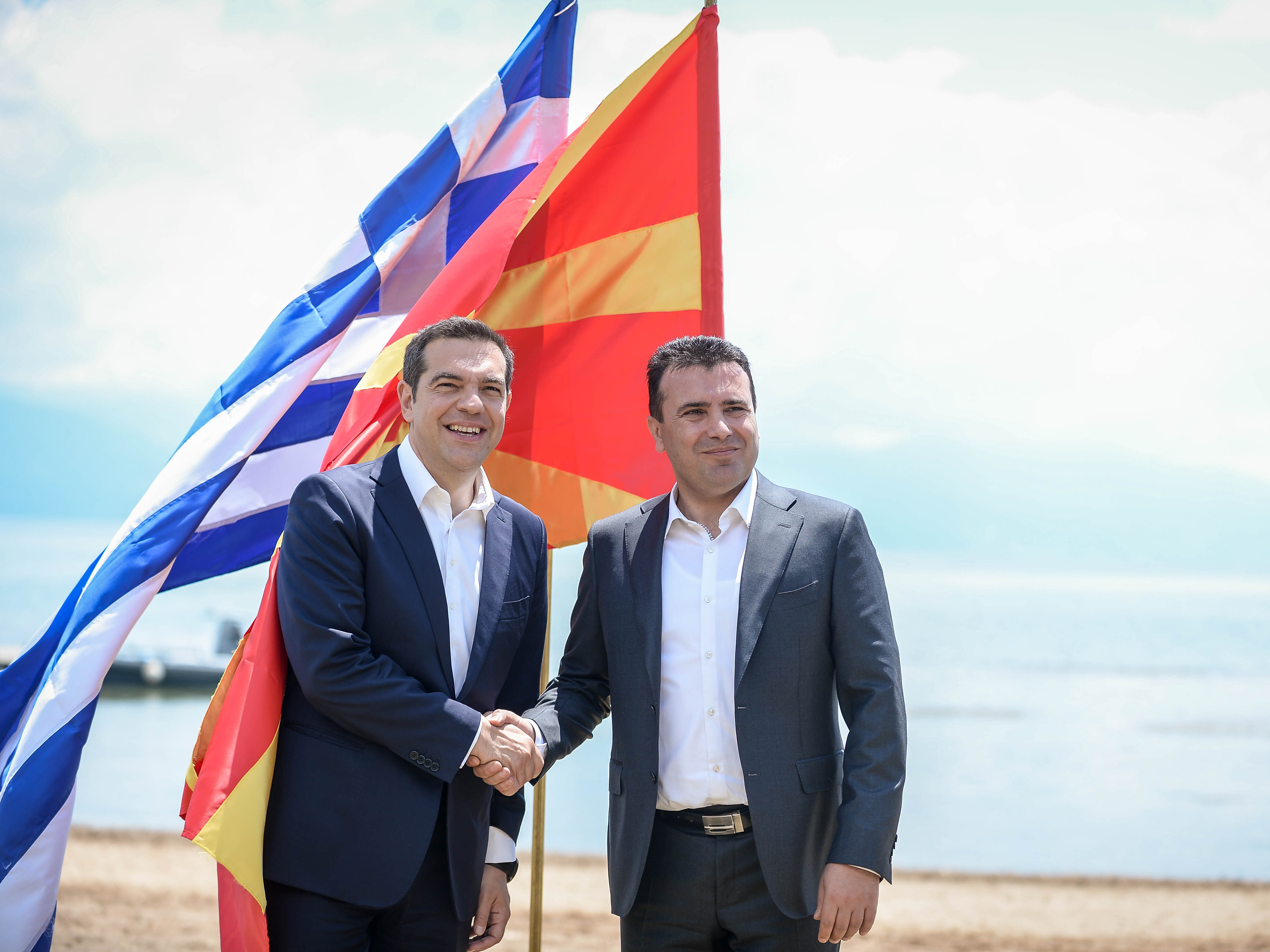 Zaev i Cipras dogovor prespa mkd gr
