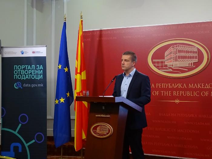 Minister za informatichko opshtestvo i administracija Damjan Manchevski 26jul18 - MIOA