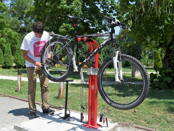 stanici za popravka na velosipedi 5jul18 - GradSkopje