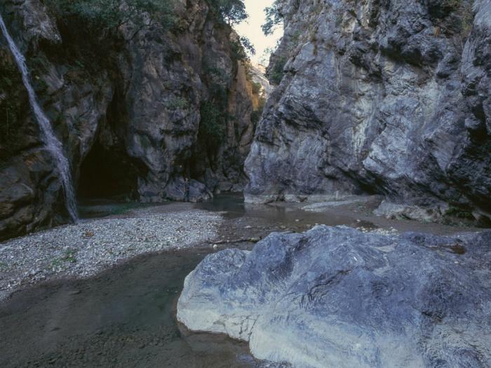 Klisura Raganelo vo park Pollino Italija