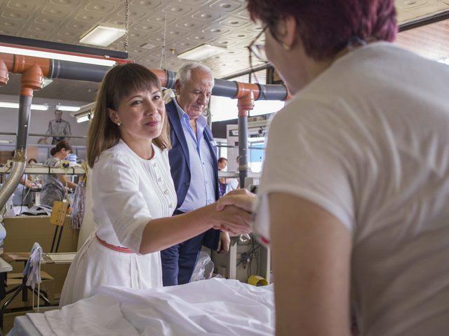 Mila Carovska poseta fabrika
