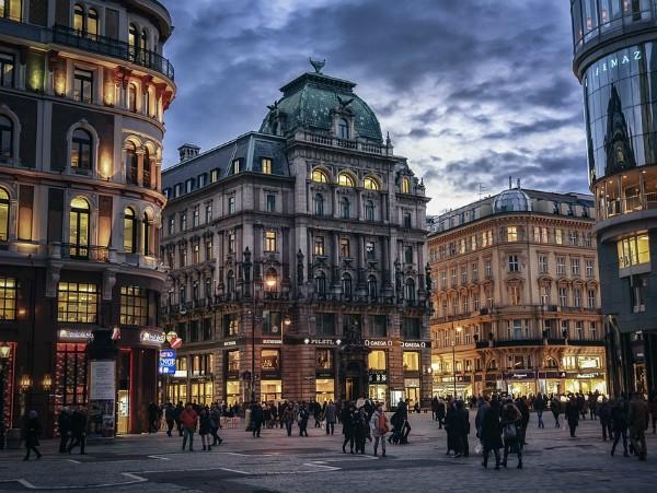 Vienna-tookapic at Pixabay