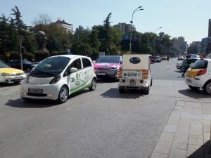 elektrichni avtomobili Tesla gradski prevoz Skopje zagaduvanje vozduh Elektromobilnost20sep18 - Meta
