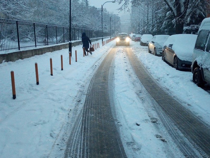 Sneg neischisteni ulici ul Nikola Trimpare - Centar - 10jan19 - Meta