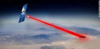 Соларен панел во вселената